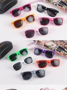 2018 nouvelles lunettes de soleil rivets lunettes réfléchissantes vente chaud mode hommes femmes fraîches mètres lunettes ongles gros multi couleur
