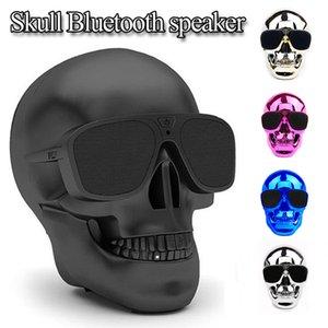 Fábrica al por mayor Metallic Skull Shape Wireless Bluetooth Speaker Sunglass NFC Skull Speaker Subwoofer móvil multiusos mini Cool Cool Speaker