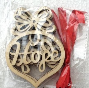 Decorazioni natalizie in legno Scava fuori Mini ciondolo Lettera Legno a forma di cuore Modello di bolla Ornamento di festival natalizio Regalo appeso 3 5jm cc