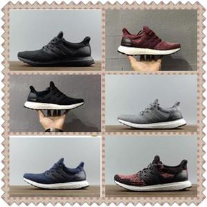 Yüksek Kalite Ultra 3.0 4.0 Koşu Ayakkabıları Erkekler Kadınlar Ultra Çizmeler 3.0 III Primeknit Beyaz Siyah Spor Sneakers Koşu