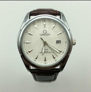 뜨거운 판매 고품질의 달력 방수 남성과 여성 석영 시계 비즈니스 캐주얼 스포츠 선물 시계 도매 될 수 있습니다보고