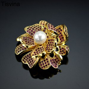 Tisvina Red zircon flower brooches Women jewelry Pearls Corsages Sweater Suit Accessories Gold color Wedding Party brooch Pins