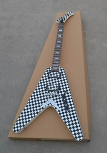 Frete Grátis! Atacado g Flying v guitarra elétrica 6 corda corpo Checkerboard em white140610-0801