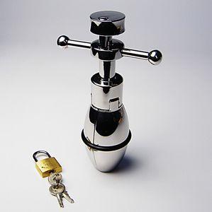Butt Anal Ample Anal Ampliação Plugue Sexo anal Esticando Bondage Plug Lock J1702 Fetish Toy Steel Toinys BDSM HQDCM