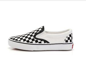 Mejores ventas de lienzo nuevos zapatos casuales de tacón bajo cuadrados cuadrados a cuadros tenis tenis hombres y mujeres jóvenes moda zapatos para caminar tamaño 35-44
