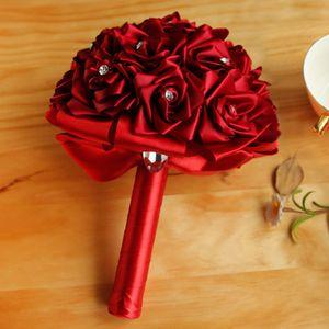 새틴 로즈 웨딩 신부 부케 수제 꽃 인공 로즈 크리스탈 웨딩 용품 신부 꽃 브로치 부케 CPA1589를 들고
