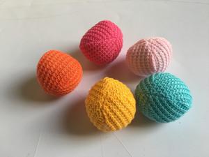Ücretsiz kargo pet cat catcat oynayan oyuncaklar yün topu ile catnip karışık renkler 30 adet / grup