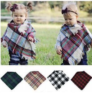 Crianças Bebê Cachecol Xadrez Manto Manta Xadrez Quente Malha Blusa Xaile Do Bebê Cachecol Xadrez terno Poncho para 3-5 anos KKA5823