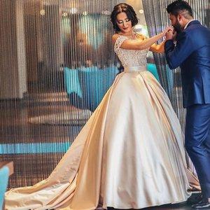 Arabisch A-Linie Brautkleider weg von der Schulter Exquisite SpitzeAppliques Top kundenspezifischen Farben-Brautkleider mit Schärpe und Zug