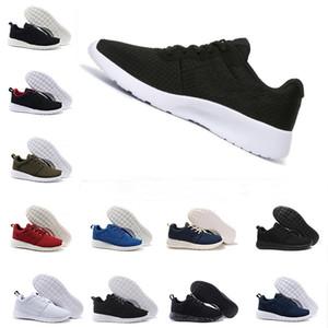 Bon marché nouvelles chaussures de course pour les femmes de l'homme Tanjun 1,0 3,0 faible noir légère respirante Londres chaussures chaussures olympique décontractée en plein air