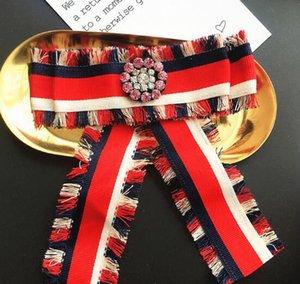 Styles Britanniques Cravate Broches À La Main À Rayures Tassel Bowknot Corsage Cristal Fleur Broche Broches Femmes Fille Chemise Robe Accessoreis