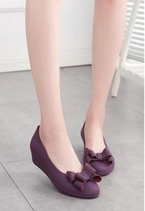 2018 mujer bowtie impermeable cuesta talones jalea sandalia señora cuñas superficiales zapatos de playa mujer dulce solo zapatos niña lluvia zapatos
