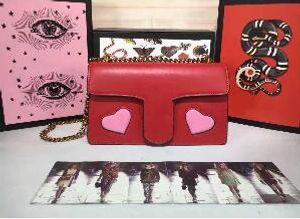 Donne Amore Classic Borse catena di cuore borsa della signora con guarnizione a labbro Socialite Stile Pianura Crossbody Flap borse a spalla Message Bags