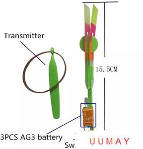 FlashToys uuma la flecha del LED LED Helicóptero asombroso de la flecha del vuelo de helicóptero paraguas paracaídas Niños Juguetes UFO del espacio de luz LED Navidad Halloween
