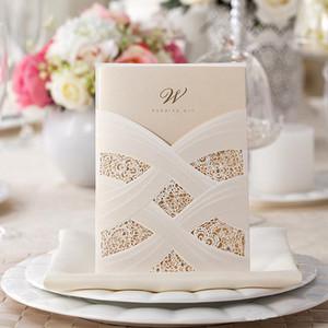 Персонализированное приглашение венчания полости шнурка свободно печатая внутренний лист 18cm * 12.7 cm отрезанные лазером карточки приглашения венчания