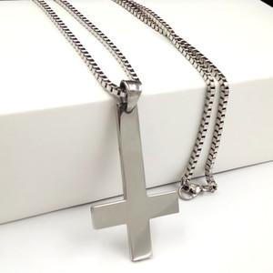 Presentes Moda Mens Cruz de Prata de St. Peter Upside cadeia Colar Católica caixa de aço inoxidável para baixo Pingente Cruz 18-32 ''