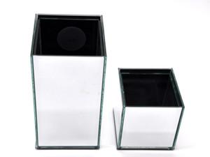 Peça central decorativa do vaso de vidro da flor para a casa ou o casamento perto - vaso afilado do espelho