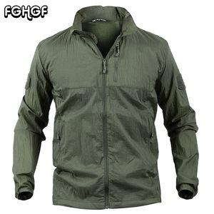 FGHGF 초경량 방수 자켓 남자 여름 후드 티드 전술 군용 윈드 브레이커 자켓 코트 통기성 UV 스킨 레인 코트
