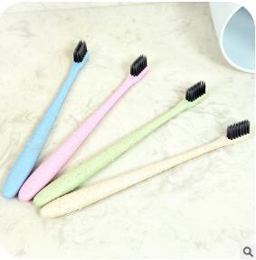 4 Colores Paja de trigo Cepillo de dientes Threadlet Pappus Portátil Viaje Bamboo Charcoal Head Cuidado de higiene bucal Envío gratuito