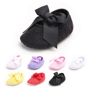Prix d'usine Jolie bébé fille creuse dentelle grand arc anti-dérapant premier Walker chaussures princesse fleur élégante Toddler chaussures 7 couleurs 0-1 ans