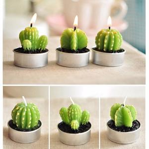 Simulazione Cactus sferica albero Forma Ornamenti Oggettistica profumata romantica del tè della candela Light Table Garden Decor