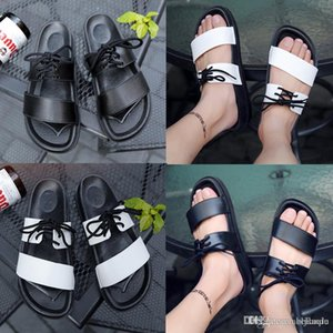 Europe Famous Designer men sandals Shoes Leather flat Sandals Non-slip Summer women white black lace-up flip flops slippers