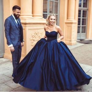 2018 Bleu Marine Sweetheart Robes De Bal En Satin Robes De Quinceanera Ruched Longueur De Plancher De Bal Robes De Soirée BC0046