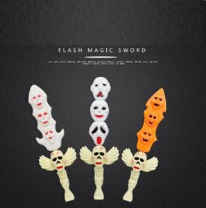Halloween Glow Juguetes Stick Party Novedad Favors Props Suministros para Niños Kids Playing (Espada Fantasma) YH1389