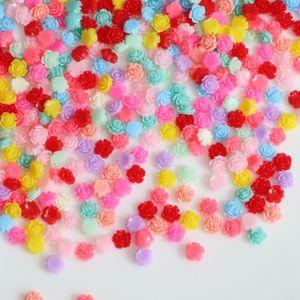 Svendita di magazzino Colore casuale 100 pezzi 7 mm resina fiore rosa Cabochon posteriore piatto Craft