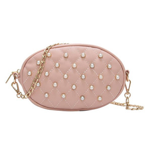 2019 Japan and South Korea fashion Pearl oval chain Messenger bag with one shoulder Joker small fragrance embroidered line women's bag