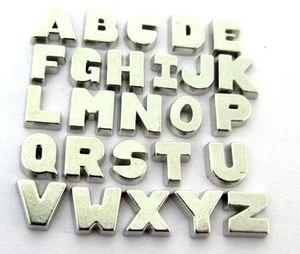 Venta al por mayor 260PCS / lot plata color llano Letra del alfabeto A - Z encantos de medallón flotante granos aptos para DIY vidrio memoria viva medallón