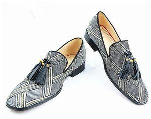 Los últimos hombres del diseñador Zapatos de cáñamo Mocasines de tacón bajo con las borlas Vestido de fiesta a mano transpirable Zapatos de raya Hombre