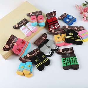 Hot pet dog cat calcetines calientes para el invierno Cute Puppy Dogs Suave algodón antideslizante Knit Weave Calcetín Skid Bottom Dog cat Calcetines Ropa Epacket Free