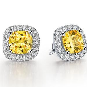 Muhteşem 3Ct / Adet Sarı Yastık Kesim Sentetik Diamonds Damızlık Küpe Altın Nişan Küpe Gentlewoman 585 Altın Renk için