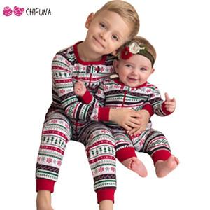 chifuna 2018 Famille Look Coton Manches Longues Rayures Bébé Barboteuse Enfants Tee Garçons Filles Vêtements De Noël Famille Assortir Des Tenues