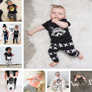 31 Stili Baby INS fox stripe lettera Tute Bambini Toddler Infant Casual T-shirt manica lunga corta + pantaloni 2 pezzi set pigiama abiti neonati