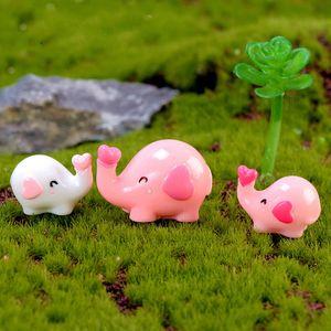 S Amour Little Elephant Mini Résine Artisanat miniature Fée Jardin Décoration Moss Terrarium Micro Paysage Figurine de bureau Accessoires
