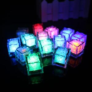 Parti Düğün Noel Barlar için Işık Buz küplerinin Düğün Nişan Bar Parti Renkli Led Sensörü Lamba Glow Dikmeler Aksesuarları Malzemeleri