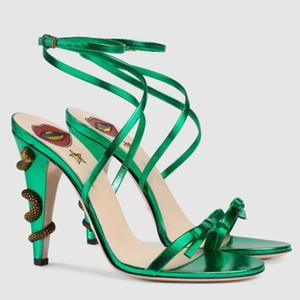 2018 neue Sommer-Gladiator-Sandalen Frauen hochwertiges Leder Serpentin Schlange Lippe bowties dünner hohe verfolgte S Runway Stil Schuhe Schuhe Mujer