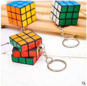 Magic Cube keychains Key Buckle профессиональный головоломка твист квадрат дешевые брелки игрушки 3x3x3cm классические развивающие игрушки брелок микс 533