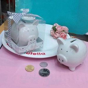 Mini-tirelire en céramique dans une boîte-cadeau avec une boîte à pois avec un nœud à pois pour des cadeaux de baptême 100pcs
