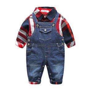 Yeni Bahar Sonbahar Bebek Bebek Boys Giyim Seti Çocuk Plaid Gömlek + Denim Suspender Pantolon Jeans 2adet Çocuk Boy Kıyafetler W099