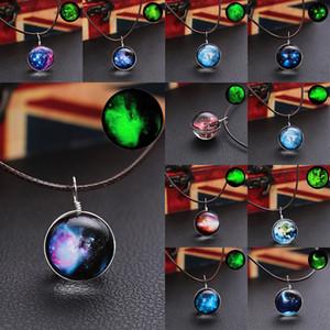 Nouveau design Hot Starry Lune Terre lumineuse Pendentif Collier étoile de Noël Cosmic Glowing Collier Bijoux Fantaisie Cadeaux populaires 11 styles