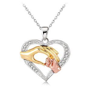 Mamma Collana Mano del bambino in mano del regalo dei monili di amore della collana di cristallo del cuore cavo pendente dell'oro di disegno in oro rosa placcato argento Jewelry Lover