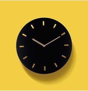 Modernminimalism Creative Art Iron Clock Orologio da parete al quarzo Silent Sweep Second Hollow 14 '' Home Decor
