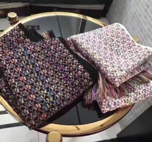 Sciarpe di lusso Sciarpe di marca Sciarpe di marca di design famoso lettera Womens Sciarpe regalo di alta qualità Design di colore Cashmere Wraps. Spedizione gratuita