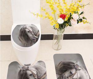 Nuevo diseño Miracille 3Pcs / set Calentador grueso de invierno Juego de inodoro lavable Alfombrilla de baño Funda de asiento con estampado de caballos Antideslizante Baño Alfombra Baño
