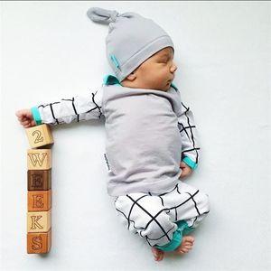 2017 stile di autunno neonato set di abbigliamento in cotone manica lunga infantile 3 pezzi vestito neonati maschi vestiti neonato bambino