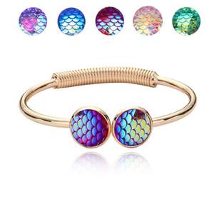 Famosa Marca de Jóias com Ouro / Prata Plsated Fish Scale Sereia Em Forma de Charm Bracelet Bangle para Mulheres Presente