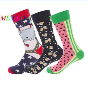 MEI LEI YA 1 Çiftleri Rahat Renkli Komik Desen Çorap Yüksek Kaliteli Harajuku Tarzı Sanat Çorap Erkekler Pamuk Mutlu